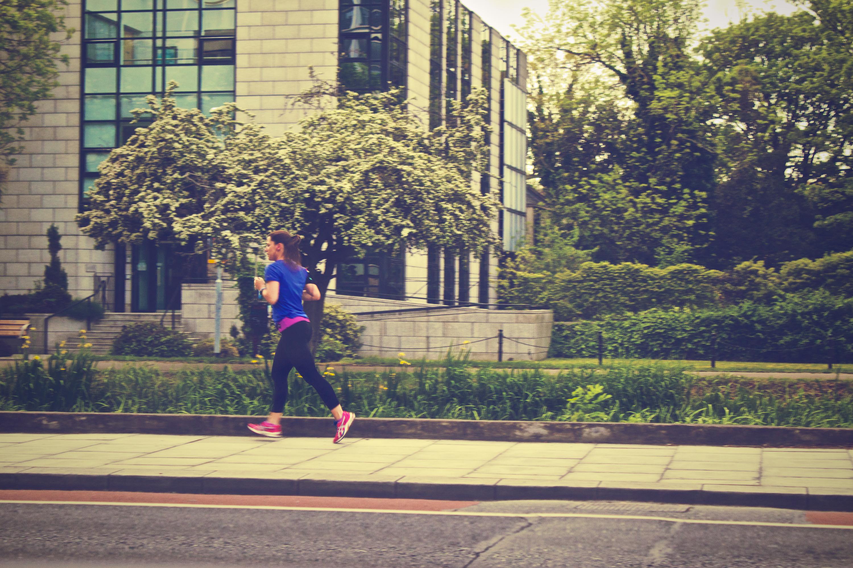 biegaczka asics