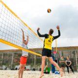 siatkówka plażowa gra