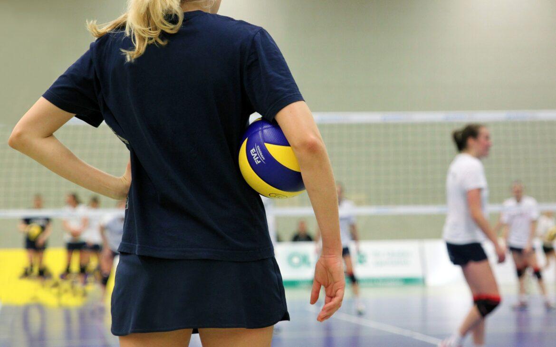 Siatkarskie turnieje szkolne – co powinna mieć reprezentacja szkoły?